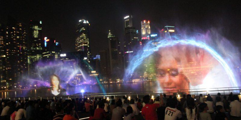 Màn hình nước 3D biểu diễn tại công viên Marina