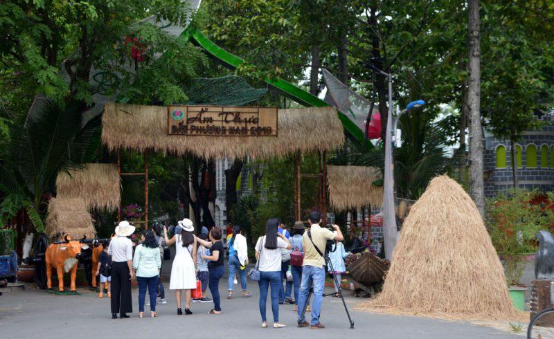 Cổng chào Lễ hội ẩm thực đất phương Nam 2018