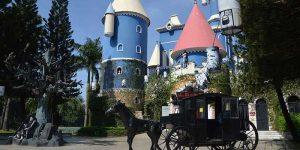 Lâu đài kinh dị