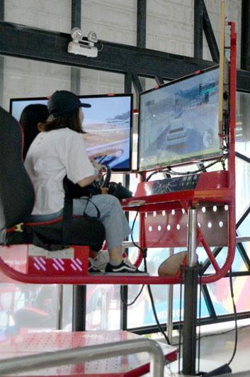 Đua xe turbo racing